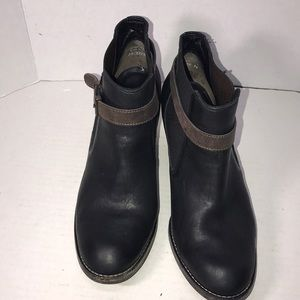 Really Nice Paul Green Leather Ankle Boots 8.5